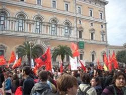 17 novembre: manifestazioni studentesche in tutta Italia. Ma per la Gelmini