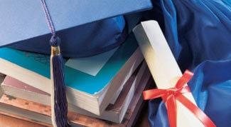 Crisi Università, facoltà dimezzate si comincia con La Sapienza