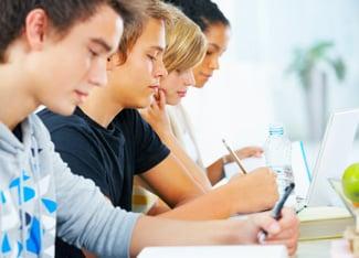 Adolescenza, Amicizia, Bullismo e attualità: temi svolti