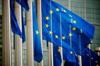 Stage retribuiti al Parlamento Europeo con paga fino a 1200 euro