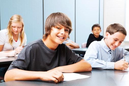 Prove Invalsi terza media: potrebbero essere abolite all'esame