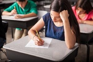 Prima prova 2016, tracce svolte: il tema di attualità per la maturità | Studenti.it